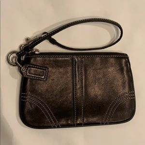 Coach Black Leather / Contrast Stitching Wristlet